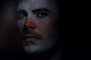 Un posto sicuro: un primo piano di Marco D'Amore tratto dal film