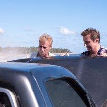 Vacanze ai Caraibi: Christian De Sica e Massimo Ghini in una scena del film