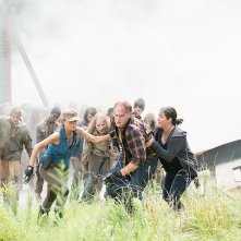 The Walking Dead: Christian Serratos e Alanna Masterson interpretano Rosita e Tara in L'inizio e la fine