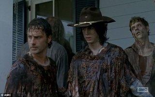 The Walking Dead: Andrew Lincoln e Chandler Riggs in L'inizio e la fine