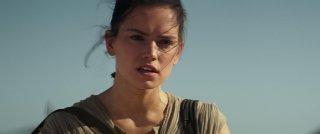 Star Wars: Il risveglio della forza, un bel primo piano di Daisy Ridley