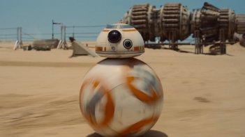 Star Wars: Il risveglio della forza, BB-8 in una scena del film