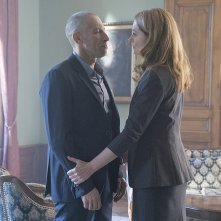 Homeland: Mark Ivanir e Miranda Otto in una foto dell'episodio The Litvinov Ruse