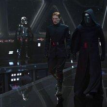 Star Wars: Il Risveglio della Forza - Gwendoline Christie, Domhnaal Gleeson e Adam Driver in una foto del film