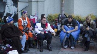 Star Wars: Il risveglio della forza - Fan accampati a Hollywood in attesa della premiere mondiale