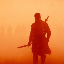 Macbeth: una suggestiva immagine con la figura di Michael Fassbender in silhouette