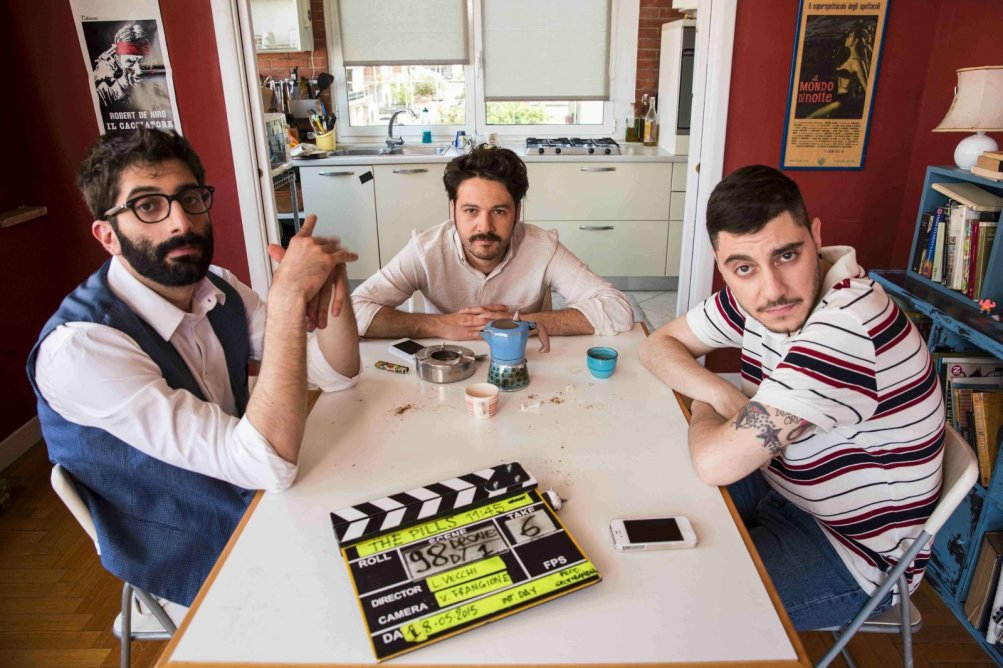 The Pills - Sempre meglio che lavorare: i The Pills in una foto dal set