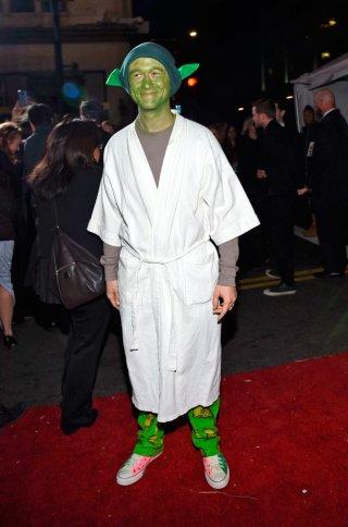 Star Wars: il risveglio della Forza - Joseph Gordon-Levitt alla premiere del film vestito da Yoda