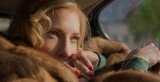 Carol: una assorta Cate Blanchett in un suggestivo primo piano dell'attrice