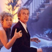 Doctor Who: Alex Kingston e Peter Capaldi in una foto di The Husbands of River Song