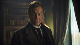 Sherlock - L'abominevole sposa: Rupert Graves in una scena dell'episodio tv speciale