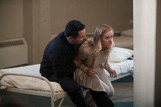 The Vatican Tapes: Michael Peña e Olivia Dudley in una scena del film
