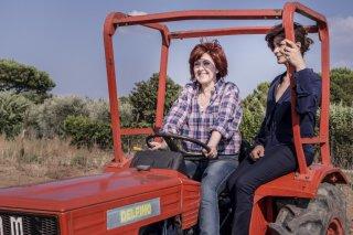 Assolo: Emanuela Grimalda e Laura Morante in una scena del film