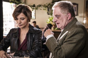 Assolo: Antonello Fassari e Laura Morante in una scena del film