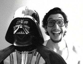 """Star Wars: Il risveglio della Forza, Adam Driver con il """"nonno"""" Darth Vader"""