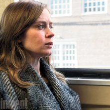 The Girl on the Train: Emily Blunt sul treno