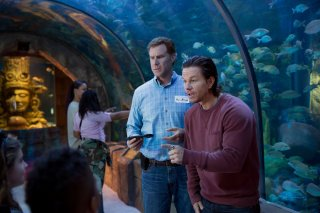 Daddy's Home: Will Ferrell e Mark Wahlberg in una scena del film