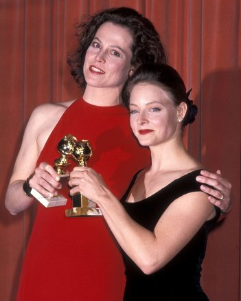 Sigourney Weaver e Jodie Foster premiate con il Golden Globe