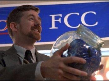 X-Files: Bruce Harwood nell'episodio Insoliti sospetti