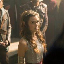 The Shannara Chronicles: Austin Butler e Poppy Drayton in un'immagine del primo episodio