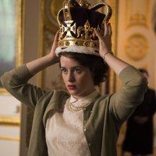 The Crown: l'attrice Claire Foy in una scena della serie