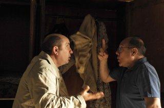 L'abbiamo fatta grossa: Antonio Albanese e Carlo Verdone in una scena del film