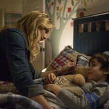 La quinta onda: Chloë Grace Moretz in una intima scena del film