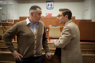 The Eichmann Show: Anthony LaPaglia e Martin Freeman in una scena del film