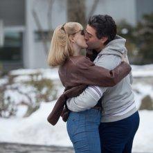 1981: un'indagine a New York, Oscar Isaac e Jessica Chastain si baciano in una scena del film