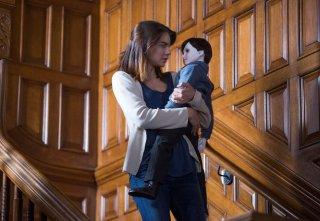 The Boy: Lauren Cohan tiene in braccio l'inquietante bambola