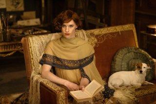 The Danish Girl: Eddie Redmayne in un momento del film