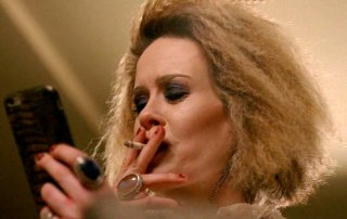 American Horror Story: Hotel - Sarah Paulson in un'immagine di Be our guest