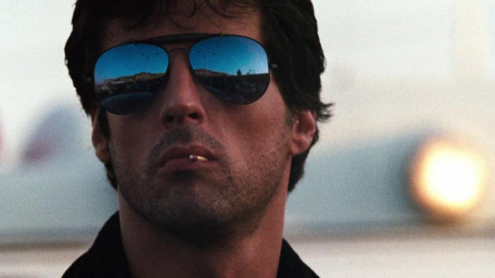 Cobra: un primo piano di Sylvester Stallone