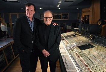 Quentin Tarantino ed Ennio Morricone durante la lavorazione di The Hateful Eight