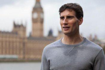 London Spy: Edward Holcroft interpreta Alex nella serie britannica