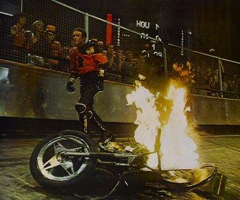 Rollerball: una scena son James Caan