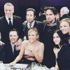 Friends e The Big Bang Theory: due cast in una sola foto!