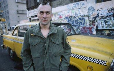 Sulle strade di New York con Robert De Niro: i 40 anni di Taxi Driver