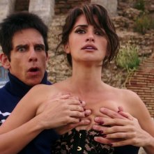 Zoolander 2: Ben Stiller e Penelope Cruz in una scena del film