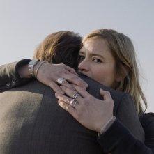 24 Weeks: Julia Jentsch e Bjarne Mädel (di spalle) in una scena del film