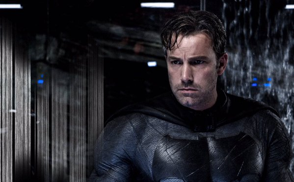 Batman v Superman: Ben Affleck interpreta Batman in una foto del film
