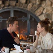 Maggie's Plan: Ethan Hawke e Julianne Moore in una scena del film
