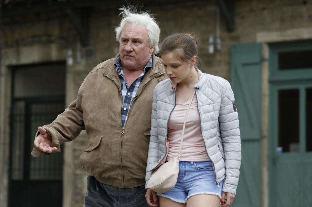 Saint amour: Solène Rigot e Gérard Depardieu in una scena del film