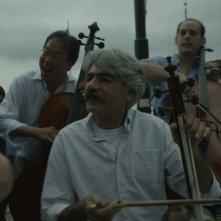 The Music of Strangers: Yo-Yo Ma and the Silk Road Ensemble, un momento del documentario musicale