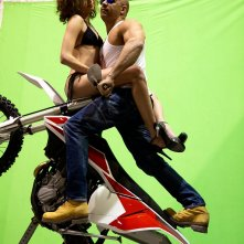 XxX: The Return of Xander Cage - Vin Diesel impegnato in un sexy stunt al green screen