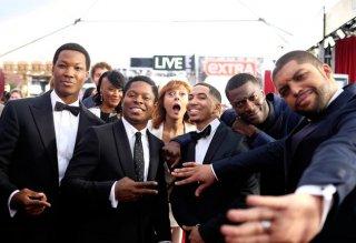 Straight Outta Compton: il photobombing di Susan Sanrandon ai SAG Awards