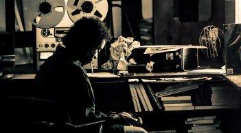 Miles Ahead: Don Cheadle in un momento del film