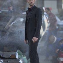 Lucifer: l'attore Tom Ellis in una foto del pilot
