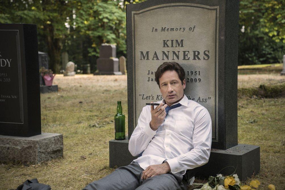 X-Files: David Duchovny e l'omaggio a Kim Manners nell'episodio La lucertola mannara