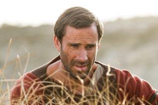 Risorto: Joseph Fiennes in una scena del film